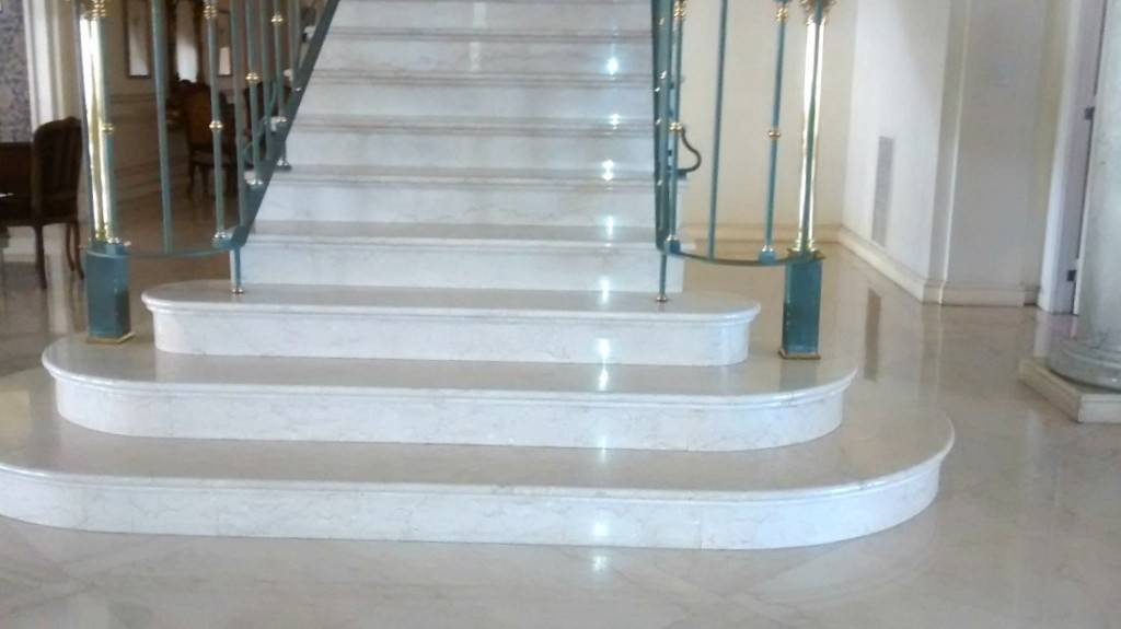 Escaleras de m rmol valencia marmoles cazorla for Escaleras de marmol